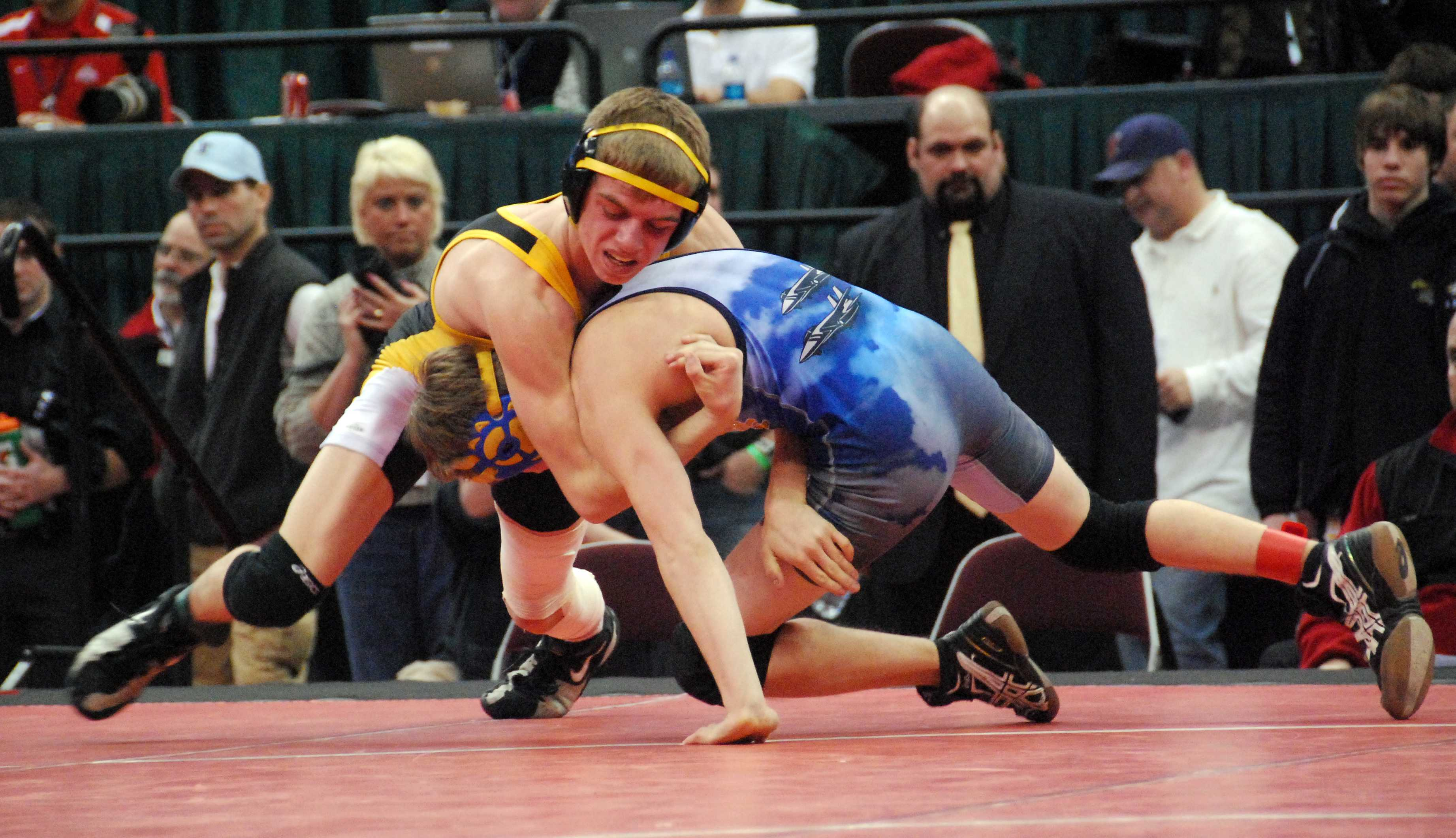 Alex Dronzek takes control of his opponent in the finals match.  Photo by Marc Eisenberg.