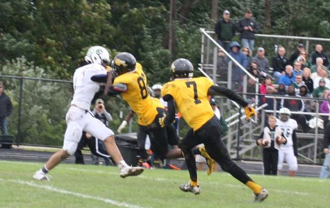 Bison Football Comes Back to Win Four in a Row