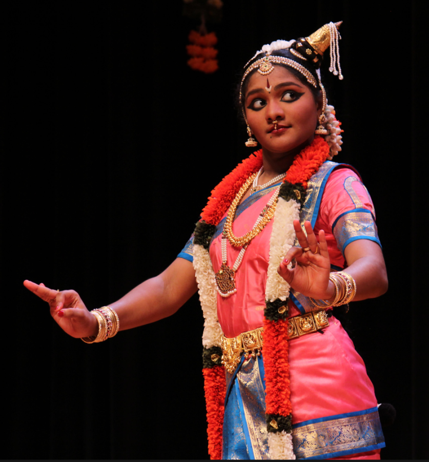 Srinivasan in her last dance of the evening. Photo by Ravi Sunderrajan.