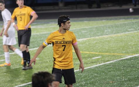 Boys Soccer Team Advances to Regionals
