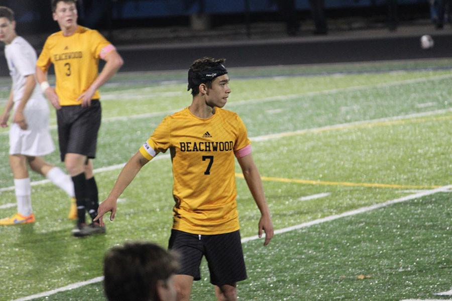 Junior Asaf Roth scored three of the four Bison points against Maplewood. Photo by Livi Eppell.