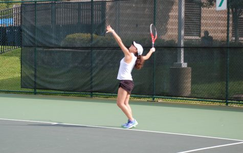 Girls Tennis Builds on Strengths