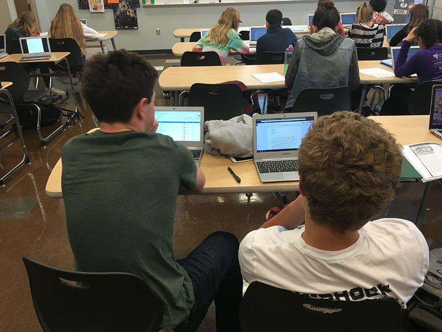 Students+use+Chromebooks+to+write+their+English+essays.+Photo+by+Tyler+Pohlman.
