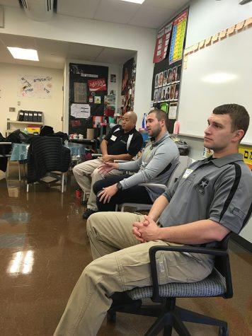 Members of U.S. and Israeli Military Speak to Hebrew Class