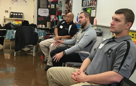 Members of U.S. and Israeli Military Speak to Hebrew Class