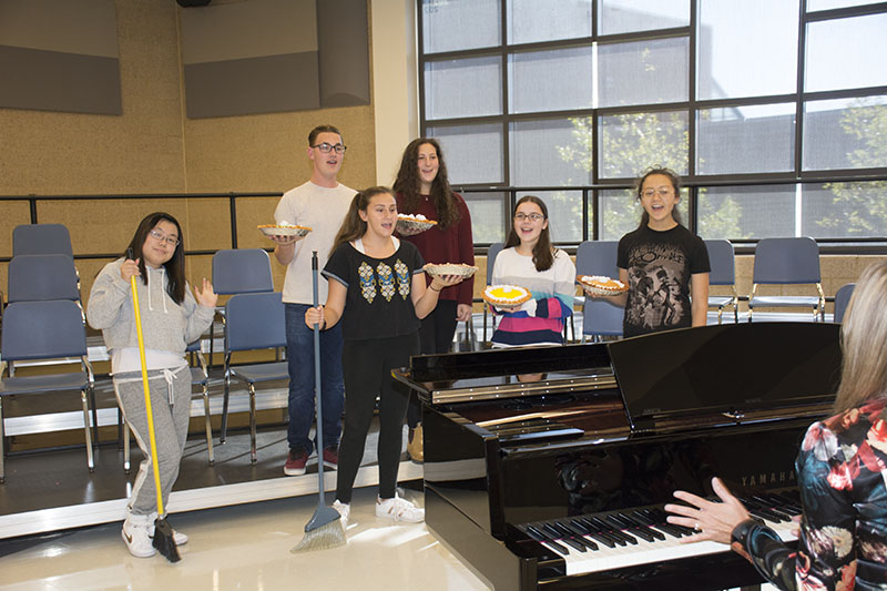Beachwood's Solid Gold show choir rehearses their number for Cabaret Night. Photo by Nakita Reidenbach
