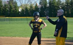 Softball Team Trounces Orange