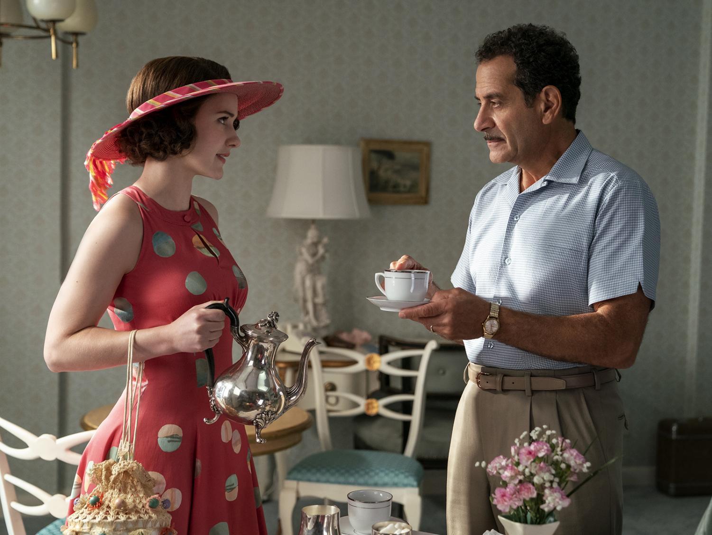 Midge Maisel (Rachel Brosnahan) and her father Abe Weissman (Tony Shalhoub)