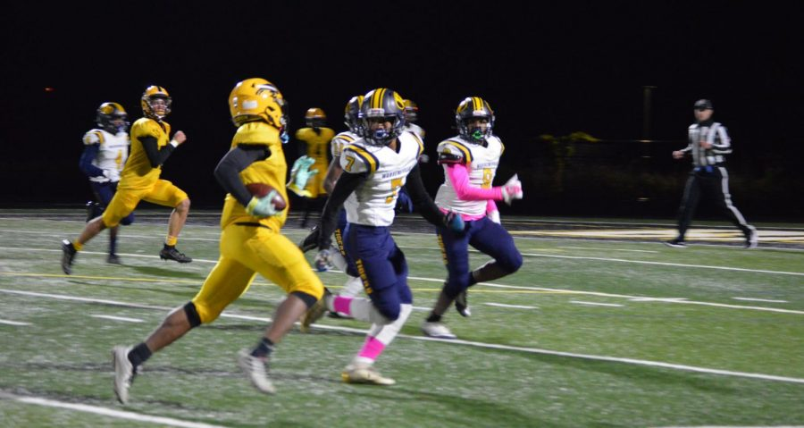 Bison Defeat Warrensville Tigers, Advance to Third Round of Playoffs