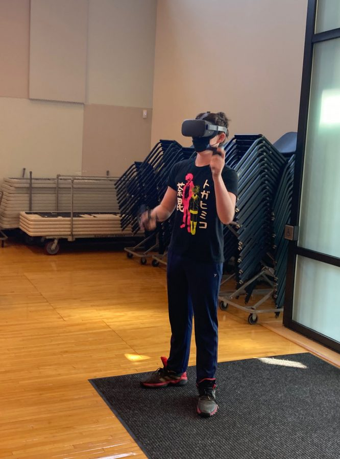 I%E2%80%99d+like+to+see+more+people+get+into+virtual+reality%2C+possibly+just+to+play+Beat+Saber%2C+sophomore+Alex+Johnson+said.